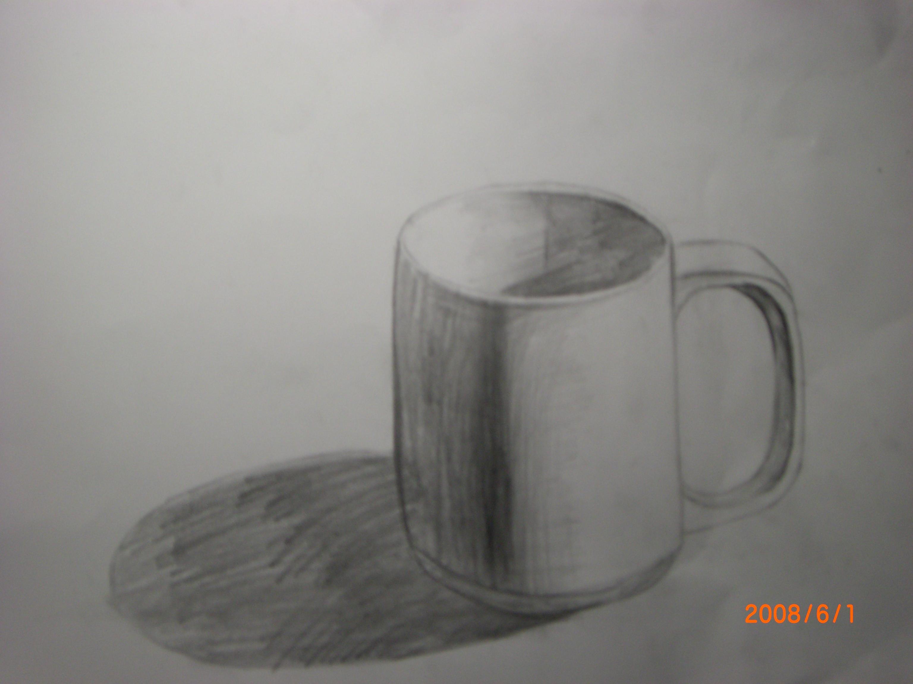 素描画-盒子上的杯子   杯子单个素描,单个杯子静物素描,单
